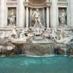 Conozca la Fuente de Trevi en Roma