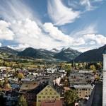 Esquiando en Kitzbuhel