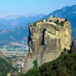 Descubra los Monasterios de Meteora en Grecia
