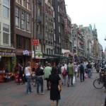 El Damrak, paseando por Amsterdam