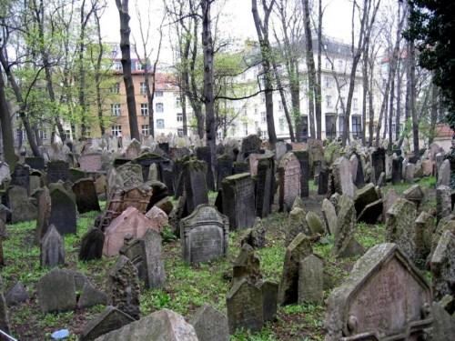 [Imagen: Cementerio-Judio.jpg]