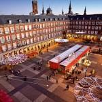 Madrid se ilumina por Navidad y Año Nuevo