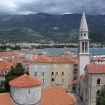 Recorra los pueblos costeros de Montenegro : Budva