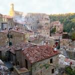 Sorano, acantilado medieval de Italia