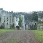 Conozca el Castillo Gwyrch de Gales
