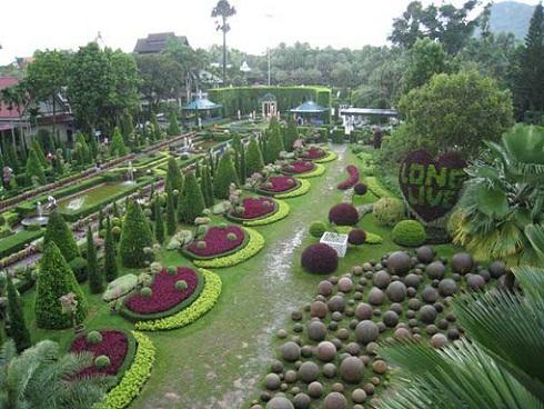 Los jardines m s bellos de europa euroescapadas for Los jardines de arbesu