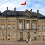 Conozca el Palacio de Amalienborg