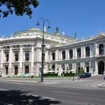 Burgtheater, el Teatro Imperial de Viena