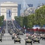 El Desfile del Día de La Bastilla