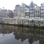Bloemenmarkt, el mercado flotante de flores en Amsterdam