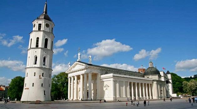 plaza-catedral-vilnius